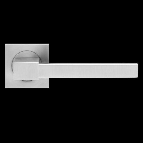 Karcher Design Portland ER47Q Door Lever Handle on a Square Rose